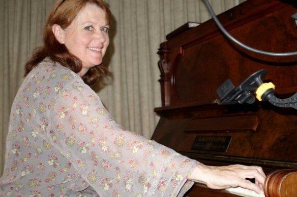 Cath_Piano_JPL